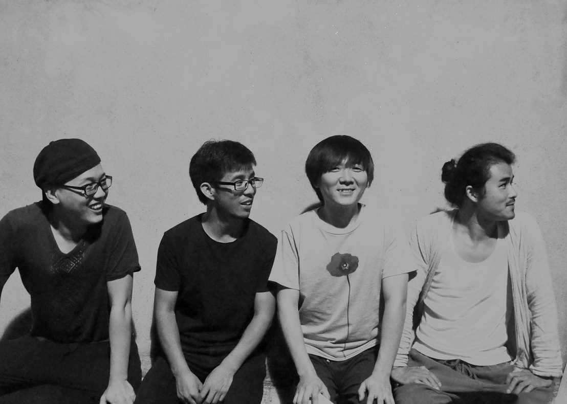 Moxi_with_Band